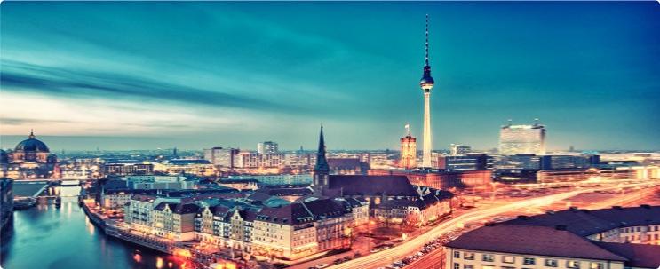 berlin-skyline-nikolaiviertel